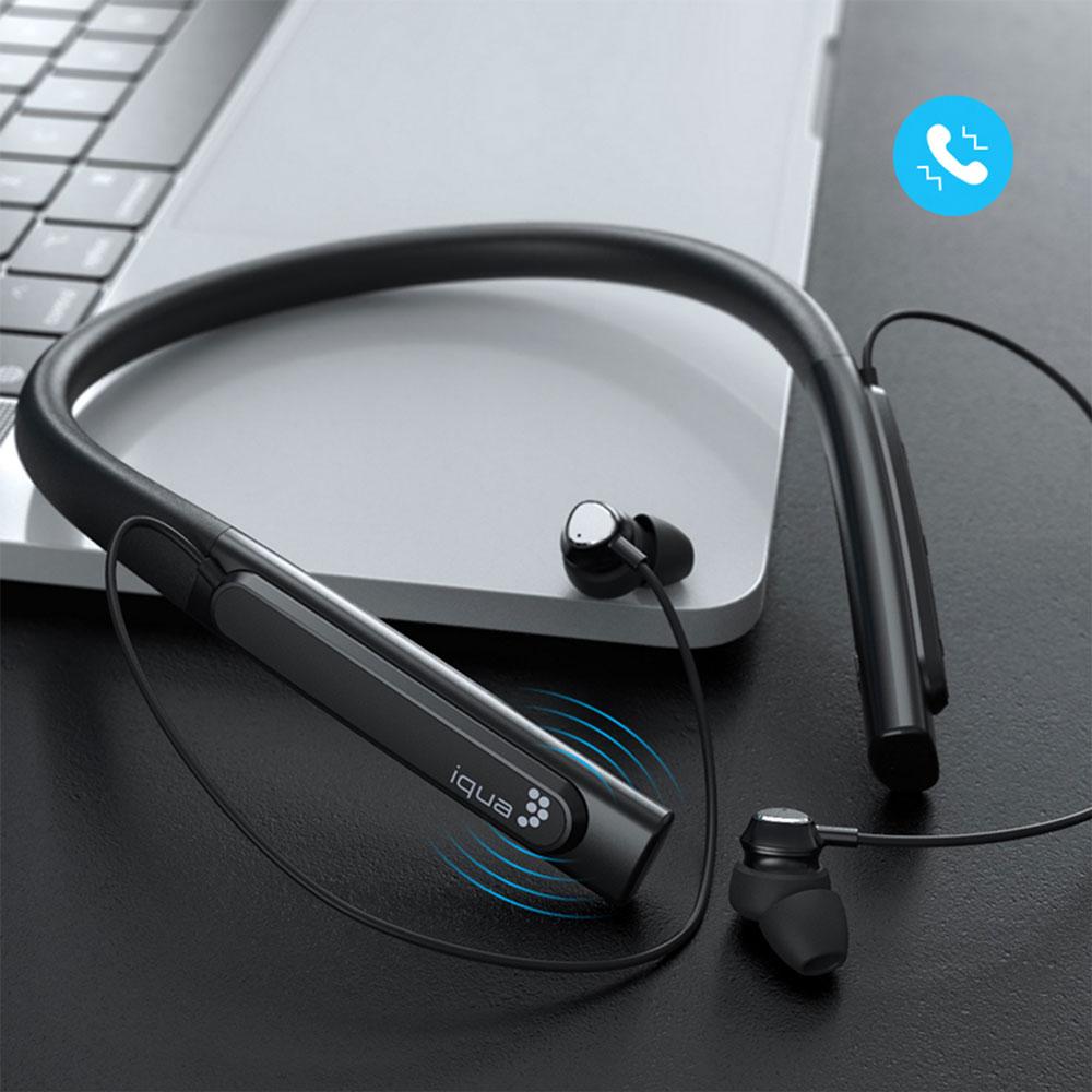 UPOZORNENIE NA PRICHÁDZAJÚCI HOVOR Ak telefonujete, slúchadlá automaticky vibrujú, nikdy tak nezmeškáte žiadny VIP hovor a to ani v hlučnom prostredí.